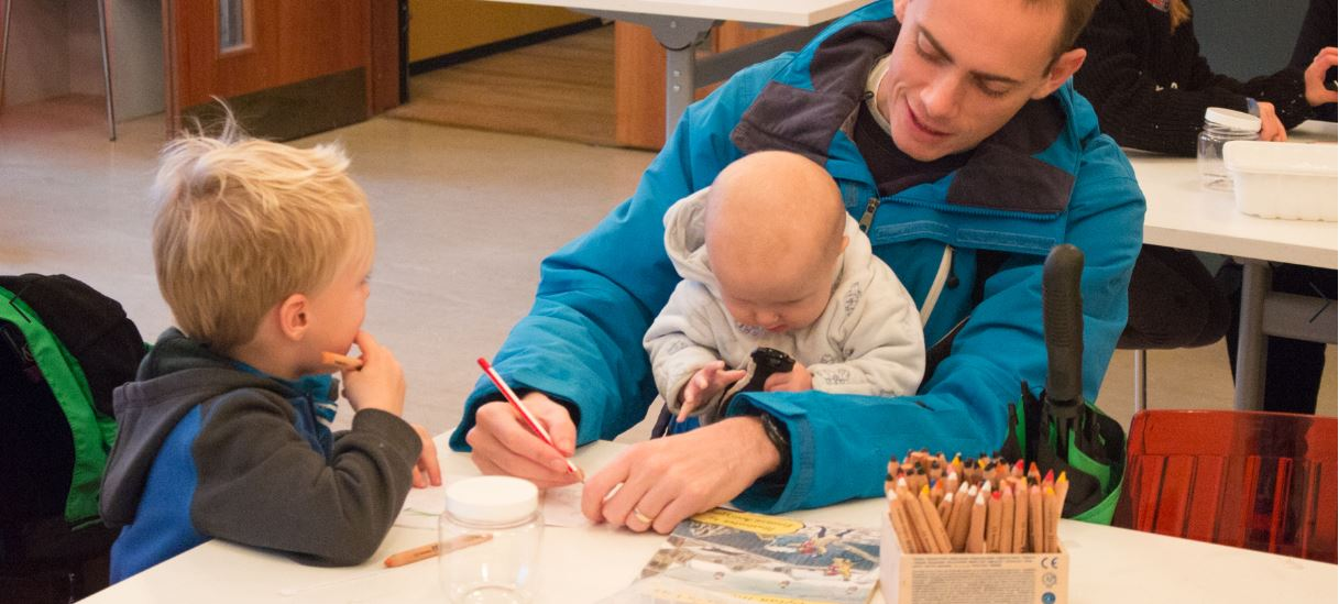 'A Child's Christmas in Wales': Free self-led Activities